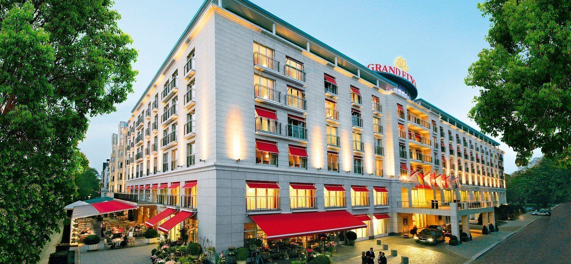 Careers Elysee Hotel Ag Hamburg